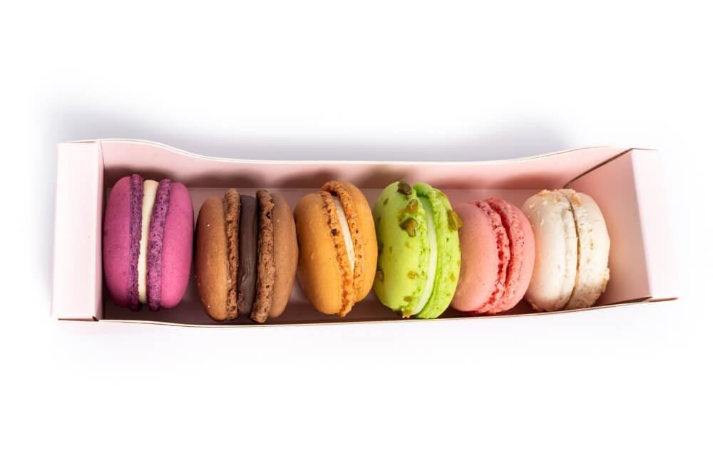 Coffret de macarons by Amandine Pâtisserie