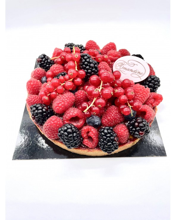 Tartes Fruits Rouges - Entremets by Amandine Patisserie