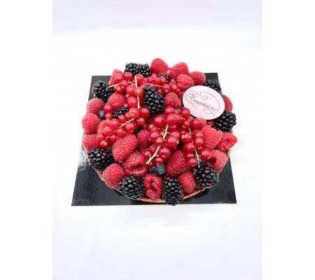 Tartes Fruits Rouges - Entremets by Amandine Patisserie